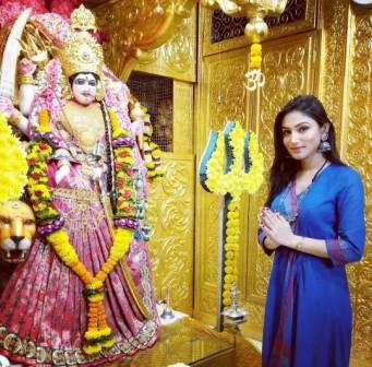 Donal Bisht devotee of Goddess Durga
