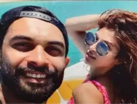 Mouni Roy with her boyfriend Suraj Nambiar