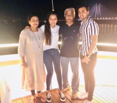 Tejasswi Prakash with her family