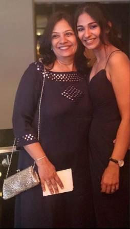 Vidhi Pandya with her mother Rita Pandya